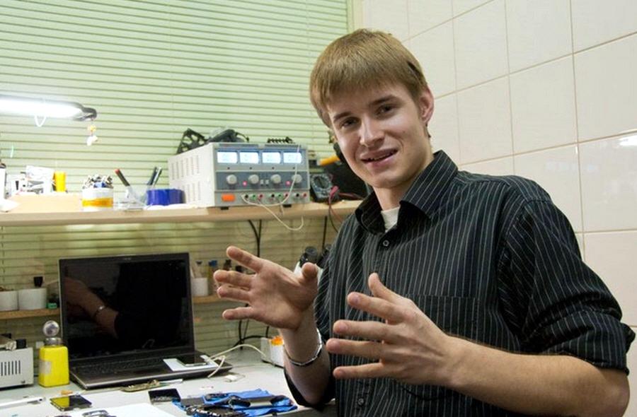 Александр Левченко - создатель сервисного центра Tech-Town