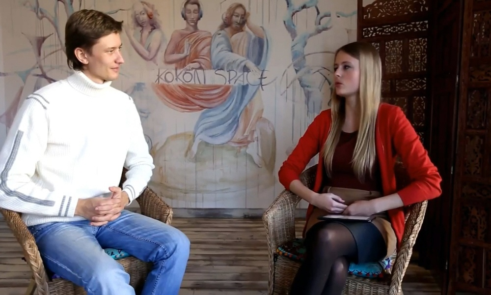 Артём Мельник - ведущий видеопередачи Секреты Новых Богатых