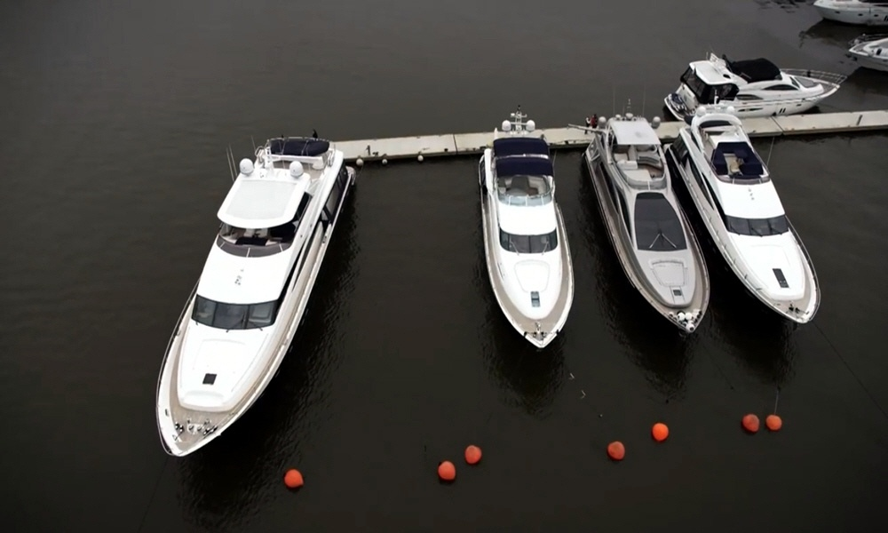 Яхт-клуб Буревестник