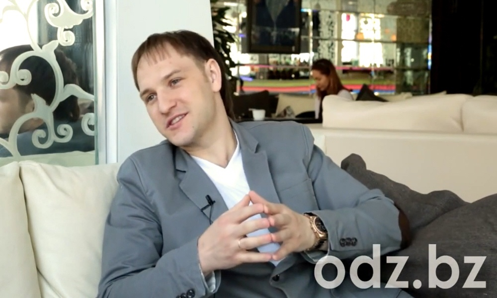 Владислав Челпаченко - эксперт по созданию информационных продуктов и проведению вебинаров