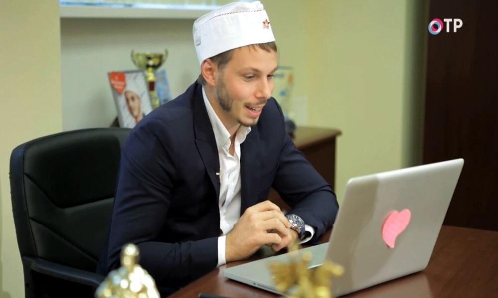 Владимир Горбунов - основатель первого в мире сервиса для официальной работы через Интернет