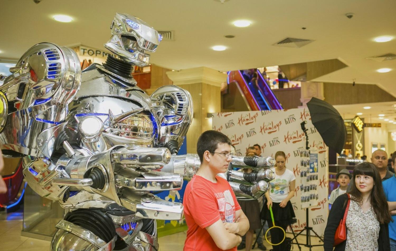 Роботы в рекламной отрасли