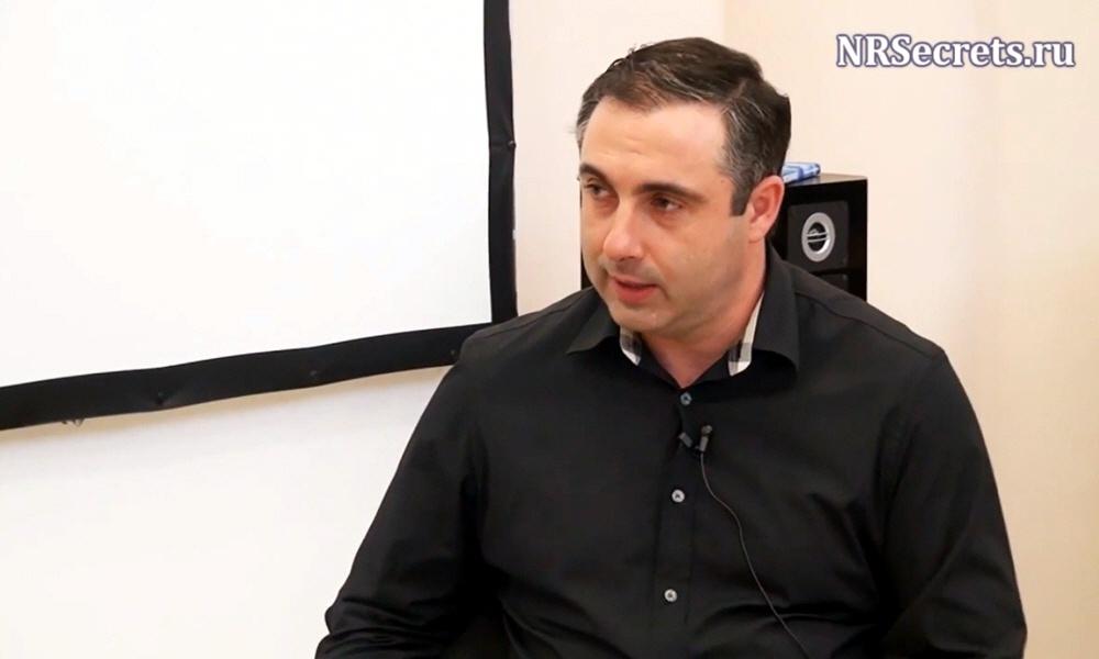 Алекс Яновский - основатель Школы Бизнеса и Личностного Развития