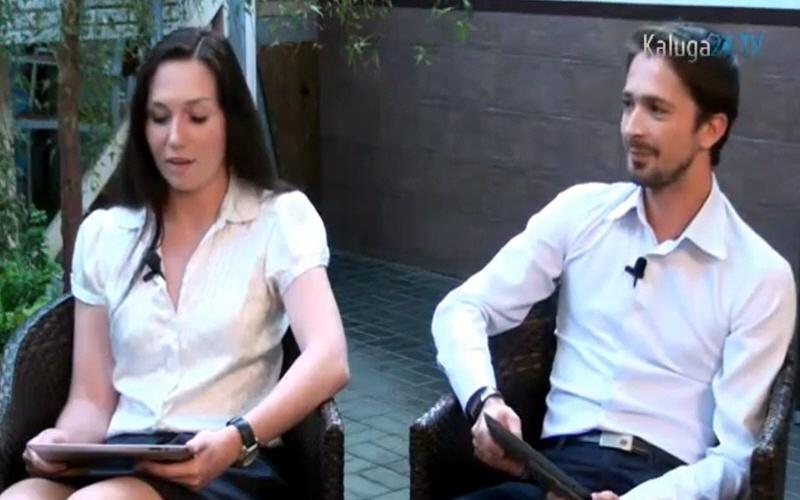 Андрей Моисеенков и Инна Евсина - ведущие передачи Сразу к Делу