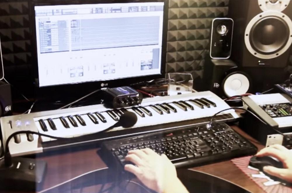 Какое оборудование необходимо для студии звукозаписи