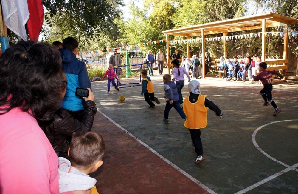 Обучение детей футболу