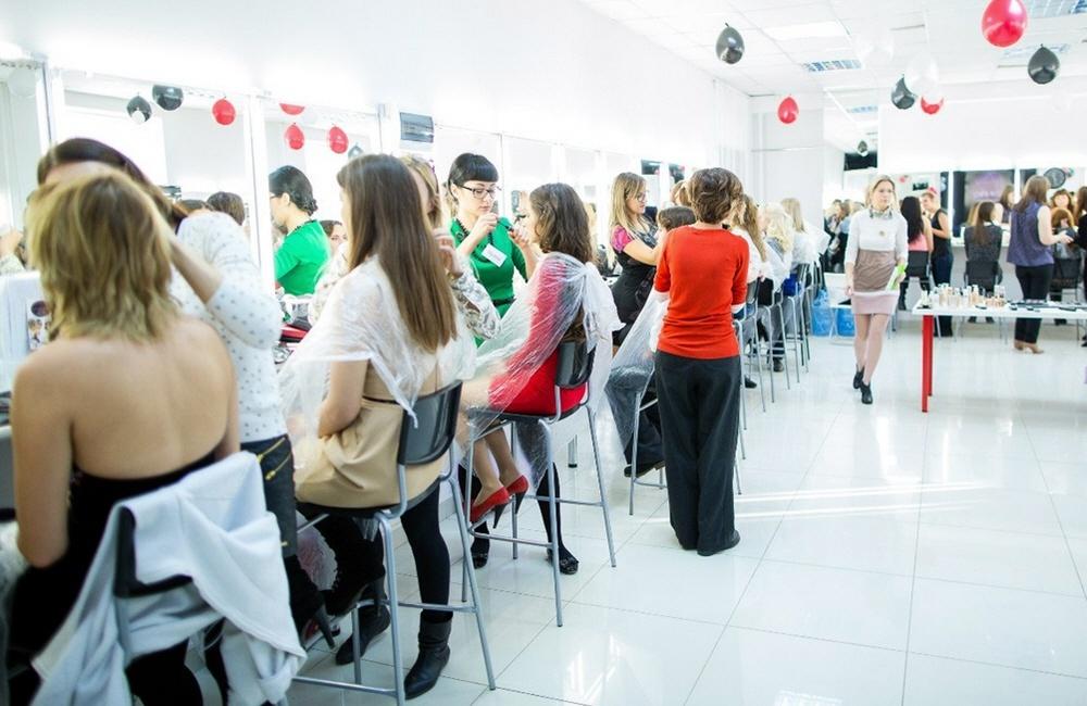 Как открыть школу по обучению визажистов, стилистов и парикмахеров