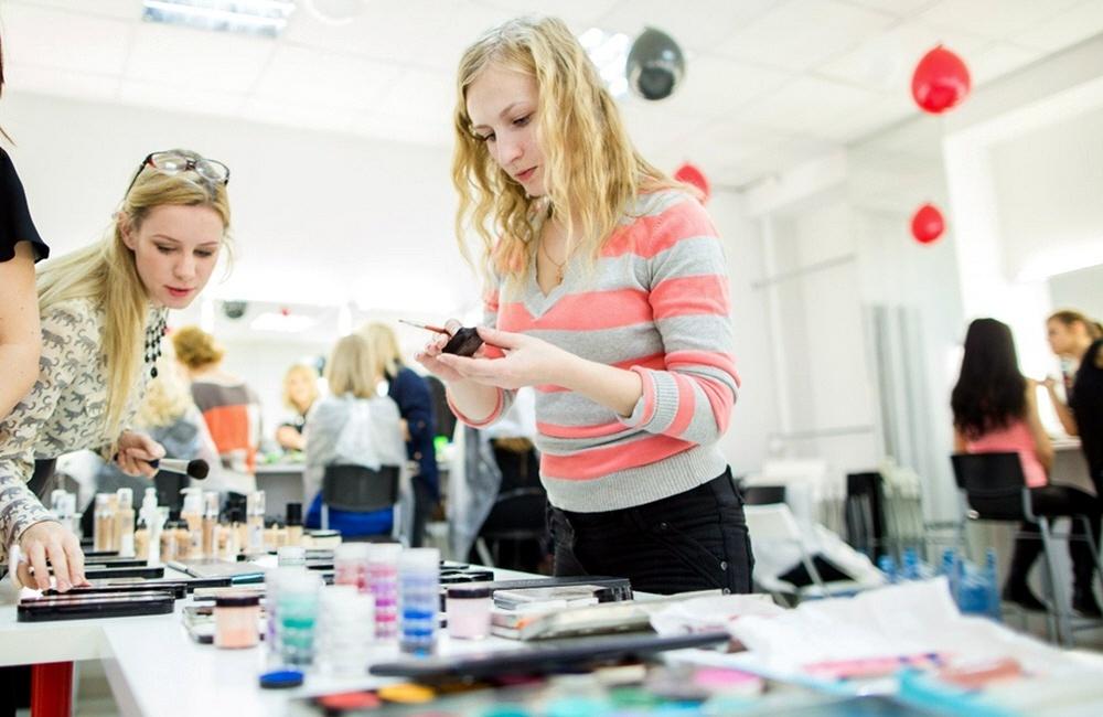 Секреты овладения искусством макияжа