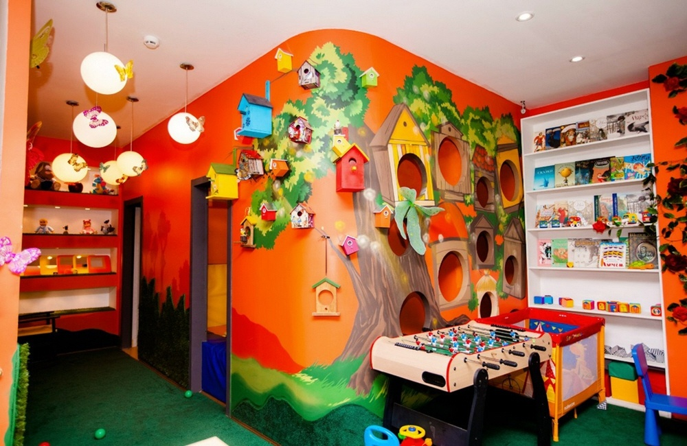 Услуги красивой раскраски стен